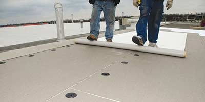 PVC folie op een plat dak
