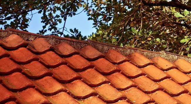 Schuin dak laten onderhouden